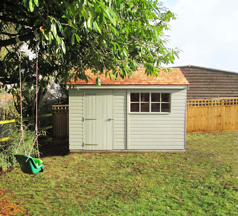Superior Garden Shed: classic  by CraneGardenBuildings, Classic