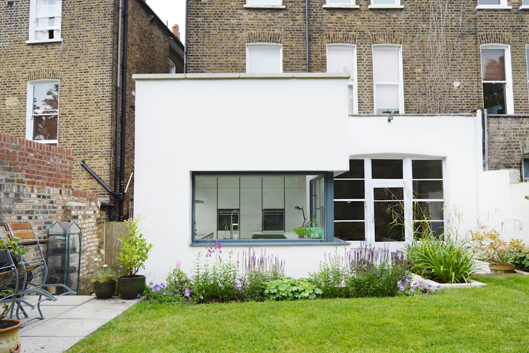 Kilburn, Brent NW2 | Garden flat extension:  Houses by GOAStudio | London residential architecture