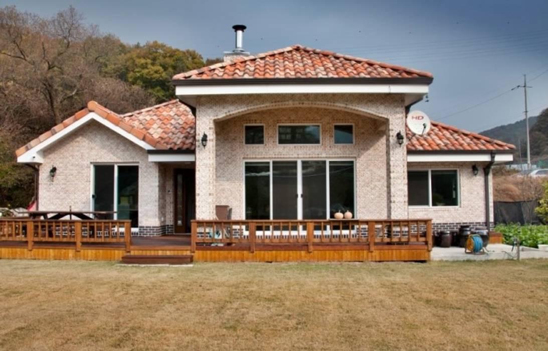 現代房屋設計點子、靈感 & 圖片 根據 Goodhaus 現代風