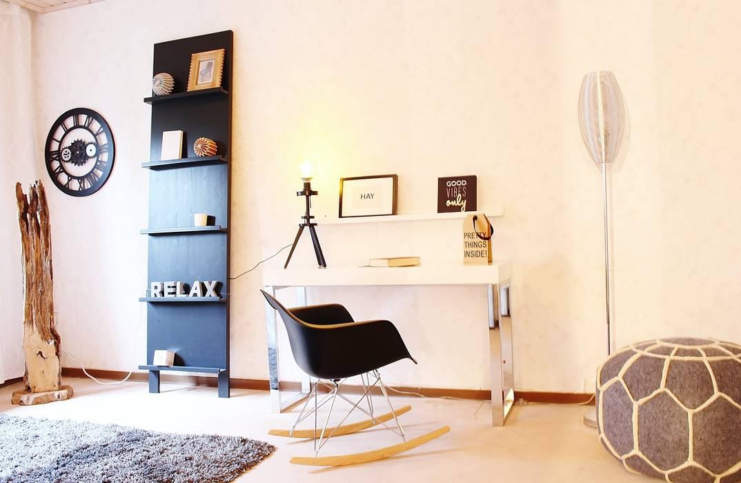 Estudios y despachos de estilo moderno de Nicole Schütz Home Staging Moderno