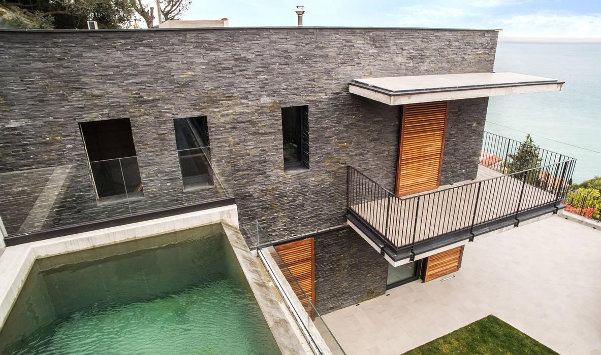 Rivestimenti Casa Moderna : Scaglia nera un rivestimento elegante per una casa moderna al
