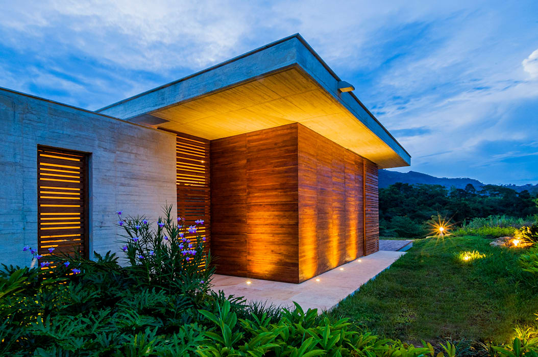 Fachada Casas modernas de Arquitectura en Estudio Moderno Madera Acabado en madera