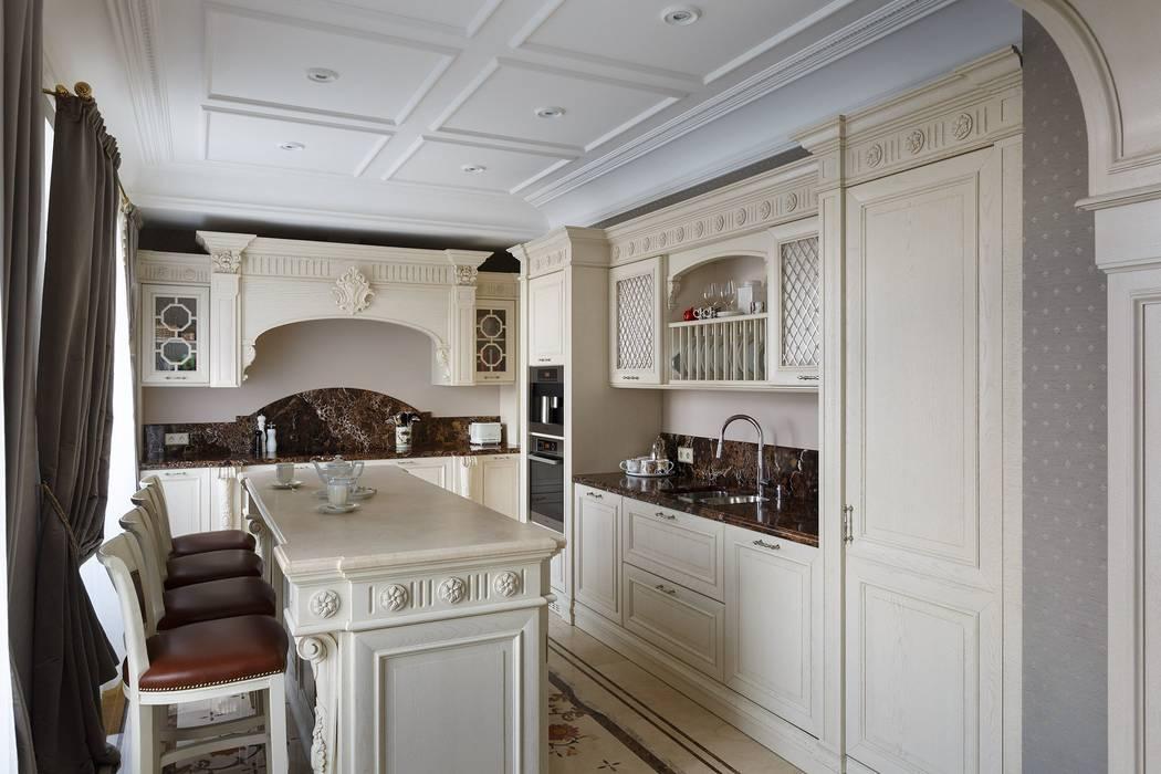 Klassische Küchen von Студия дизайна интерьера в Москве 'Юдин и Новиков' Klassisch