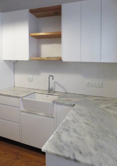 Kitchen Modern kitchen by Trait Decor Modern