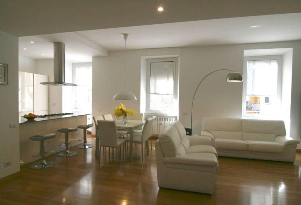 Ruang Keluarga oleh Laura Pistoia architetto, Minimalis