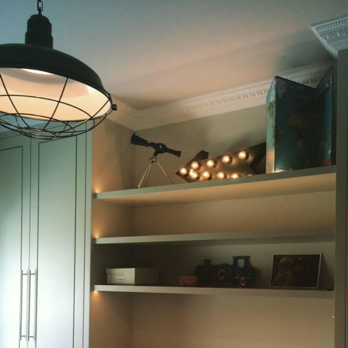Boys bedroom: modern Bedroom by fleur ward interior design