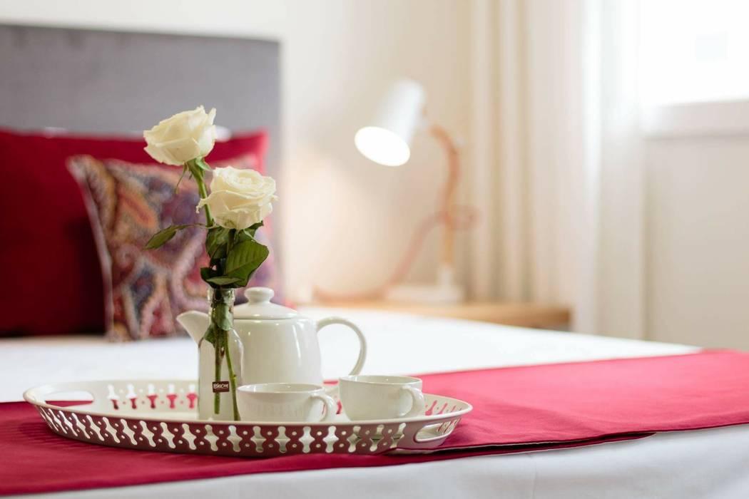 Ambiente Hotéis escandinavos por Alma Braguesa Furniture Escandinavo