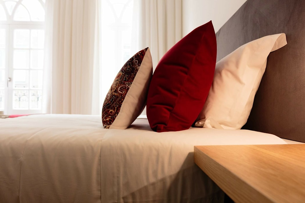 Detalhe têxteis : Hotéis  por Alma Braguesa Furniture