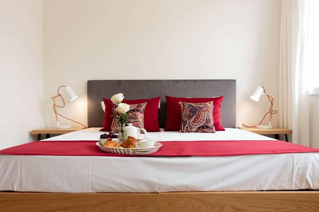 Cama Hotéis escandinavos por Alma Braguesa Furniture Escandinavo