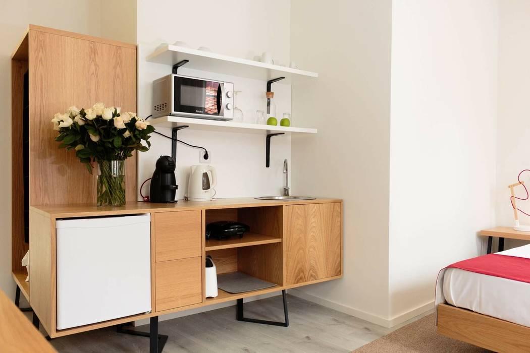 Estúdio Hotéis escandinavos por Alma Braguesa Furniture Escandinavo