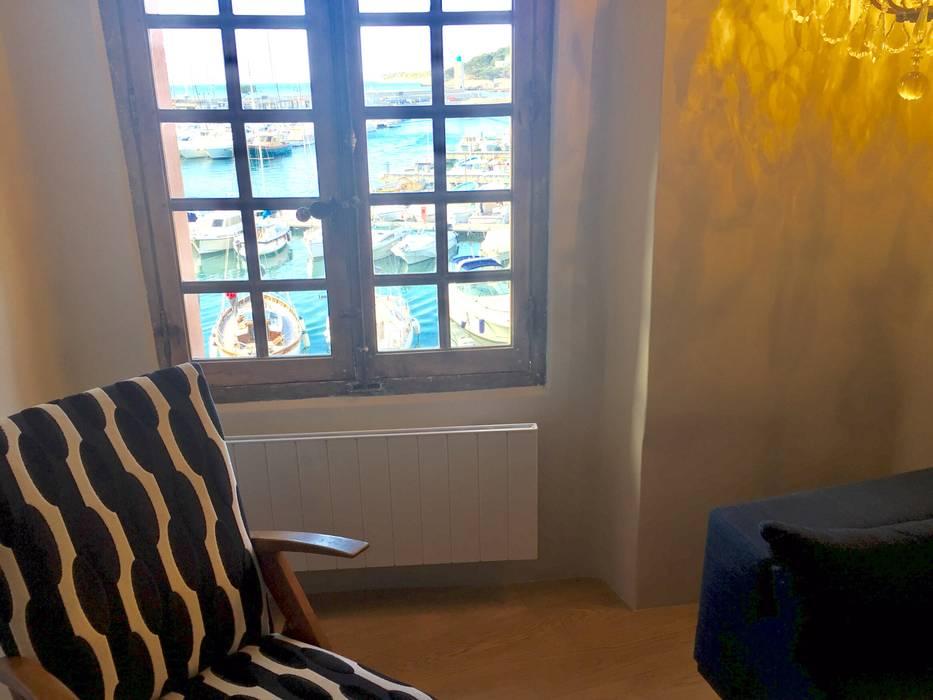 DEUXIÈME ÉTAGE / SEJOUR  / APRES TRAVAUX: Fenêtres de style  par Claire de Bodinat / Archidesign, Moderne