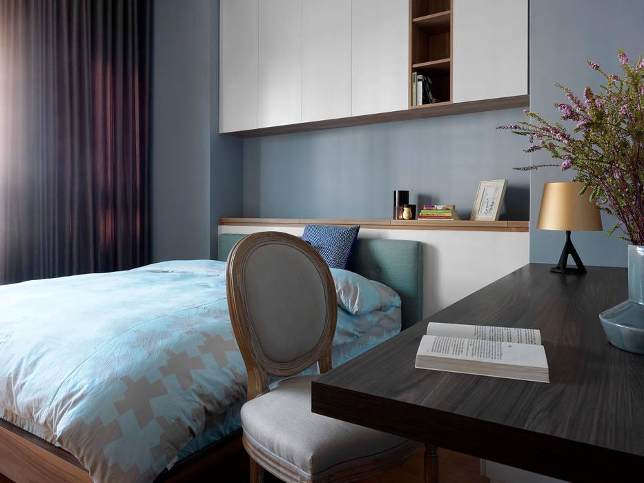 | L&C 住宅 |:  臥室 by 賀澤室內設計 HOZO_interior_design, 隨意取材風
