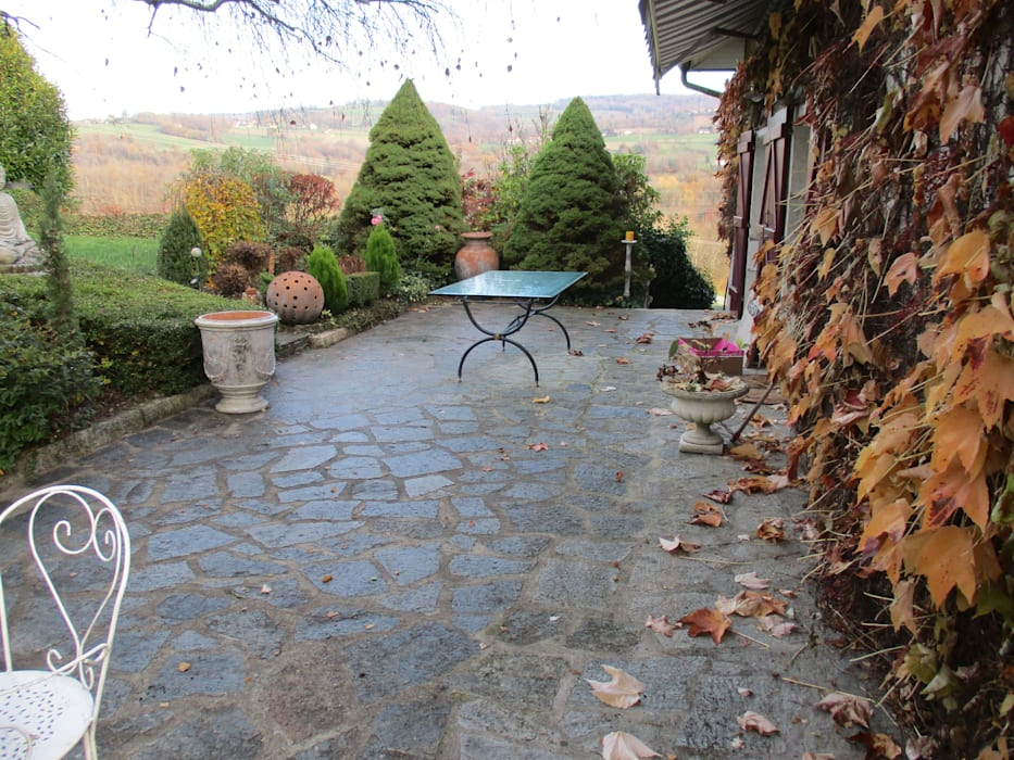 Terrasse Cote Nord Avant Les Travaux De Style Par Berger Jardins