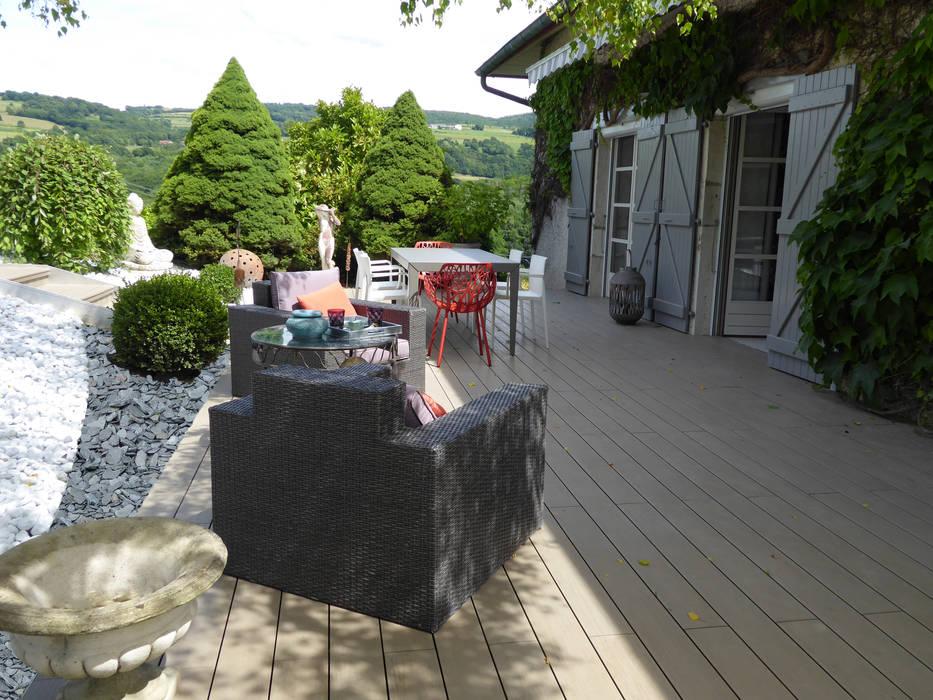 Un espace cocooning sur la terrasse : Jardin de style  par Berger Jardins