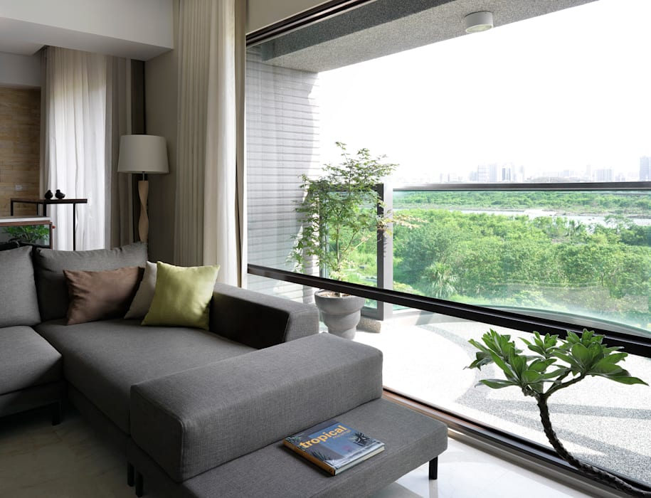 l 河岸邊邊 l 现代客厅設計點子、靈感 & 圖片 根據 賀澤室內設計 HOZO_interior_design 現代風