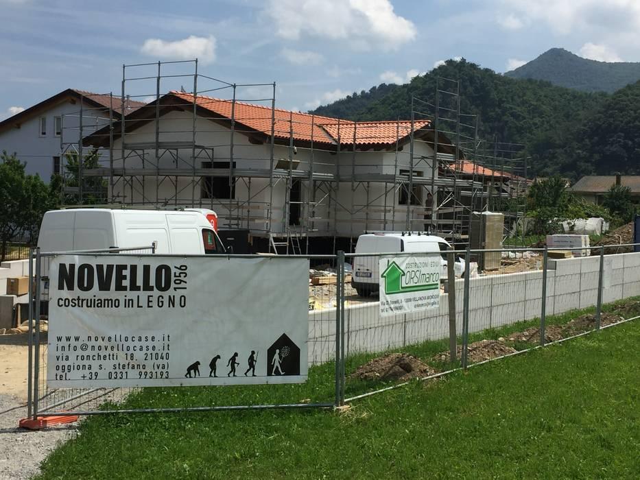 Case in legno a Cuneo _ Novellocase: Case in stile in stile Moderno di Novello Case in Legno
