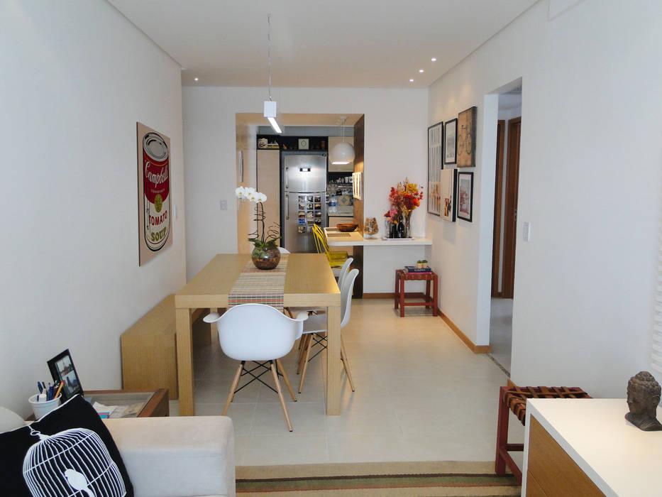 Sala de jantar do Apartamento Mariz e Barros homify Salas de jantar modernas