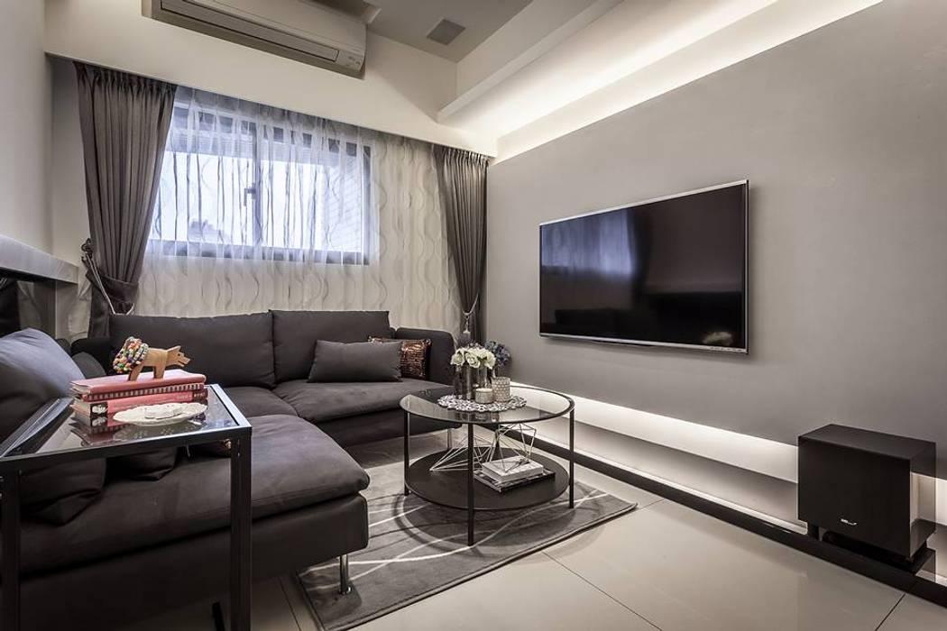 馬來漆電視牆:  客廳 by 你你空間設計