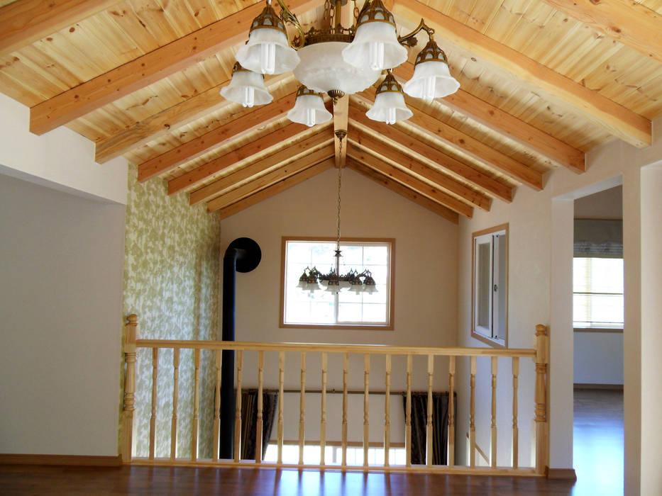 homify Balcone, Veranda & Terrazza in stile classico