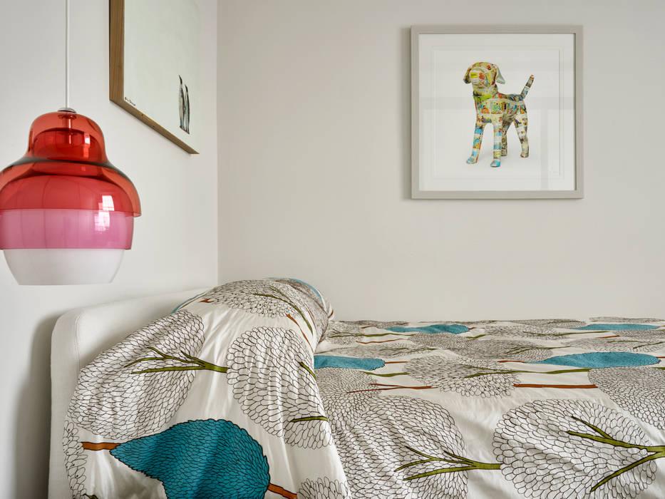Спальни в . Автор – Morph Interior Ltd, Модерн