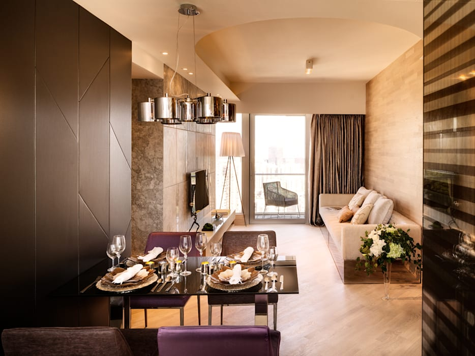 Mount East:  Dining room by wayne corp,