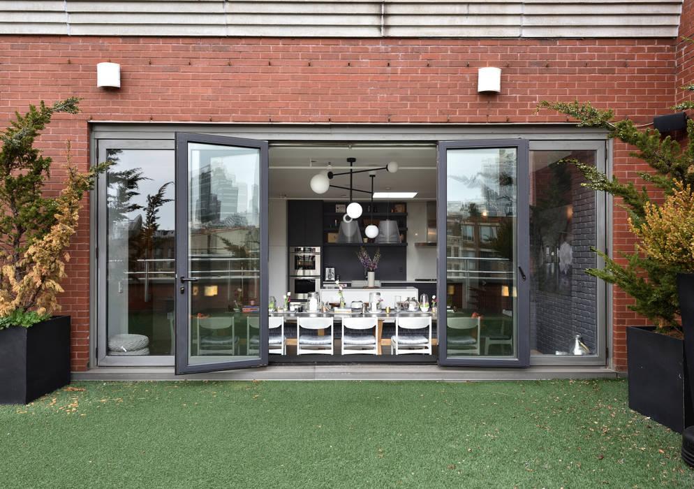 Renovation at 7 Wooster Modern Garden by KBR Design and Build Modern