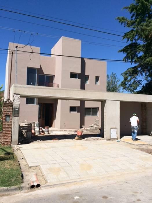 Roque Vazquez Casas modernas: Ideas, imágenes y decoración de TORRETTA KESSLER Arquitectos Moderno
