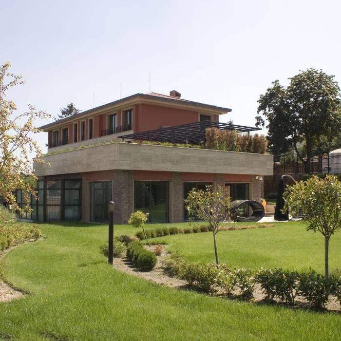 House PZ Sofia:  Houses by eNArch.info