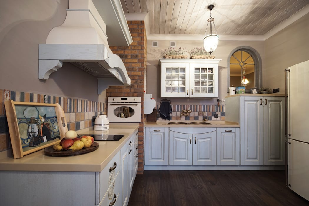 Cocinas de estilo rural de SK- Sokolova design & Kogut Stroy Rural