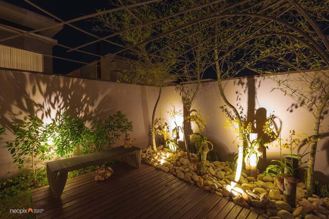 Vườn theo Rafaela Novaes Paisagismo, Hiện đại