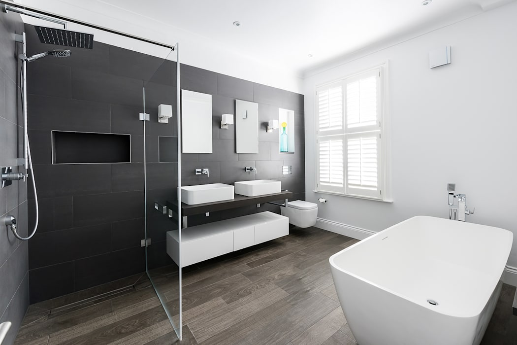Disraeli Road, Putney:  Bathroom by Grand Design London Ltd