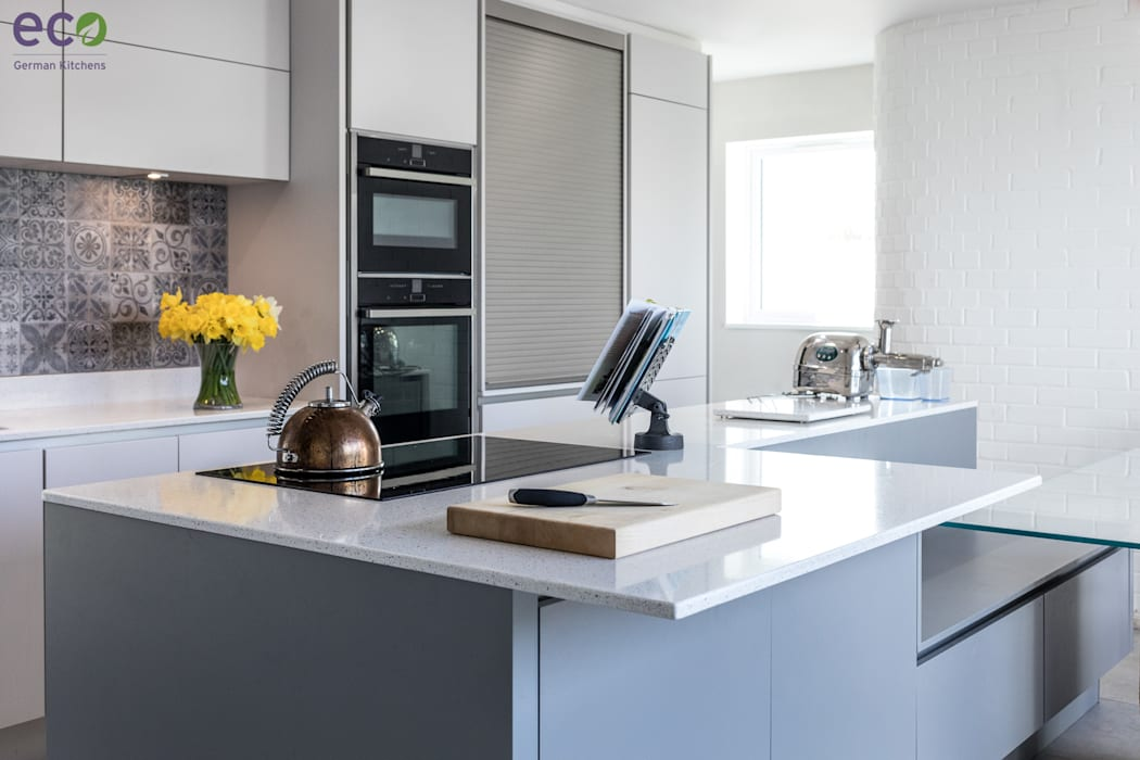 Handle Less design in Modern colours:  Kitchen by Eco German Kitchens