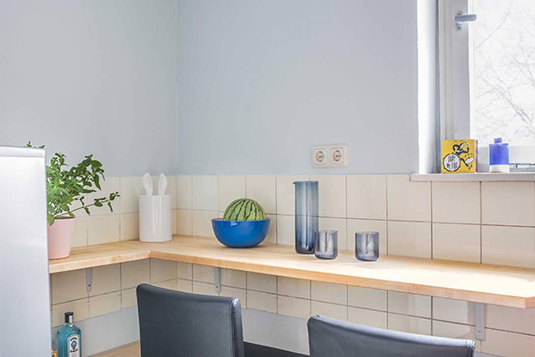 Neugestaltung küche, flur und schafzimmer: skandinavische küche von ...