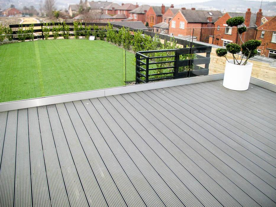 Eco-decking for a sturdier structure: modern Garden by Yorkshire Gardens