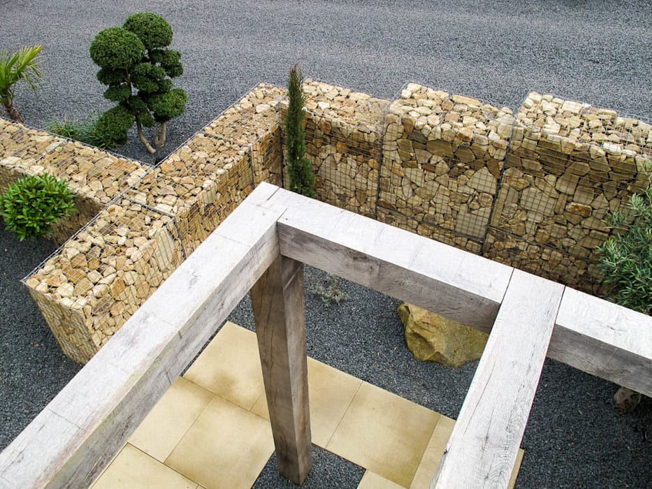 View of the gabion from above: modern Garden by Yorkshire Gardens