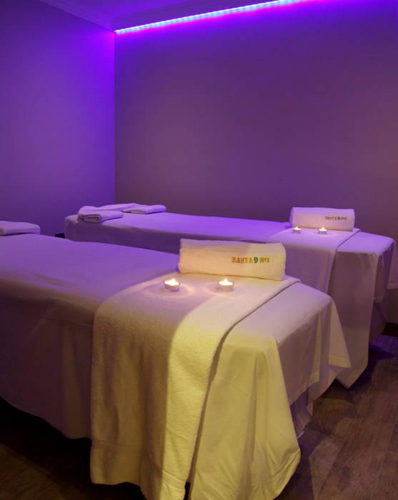 Treatment room Oleh Natalia Interior Design Klasik Batu Kapur