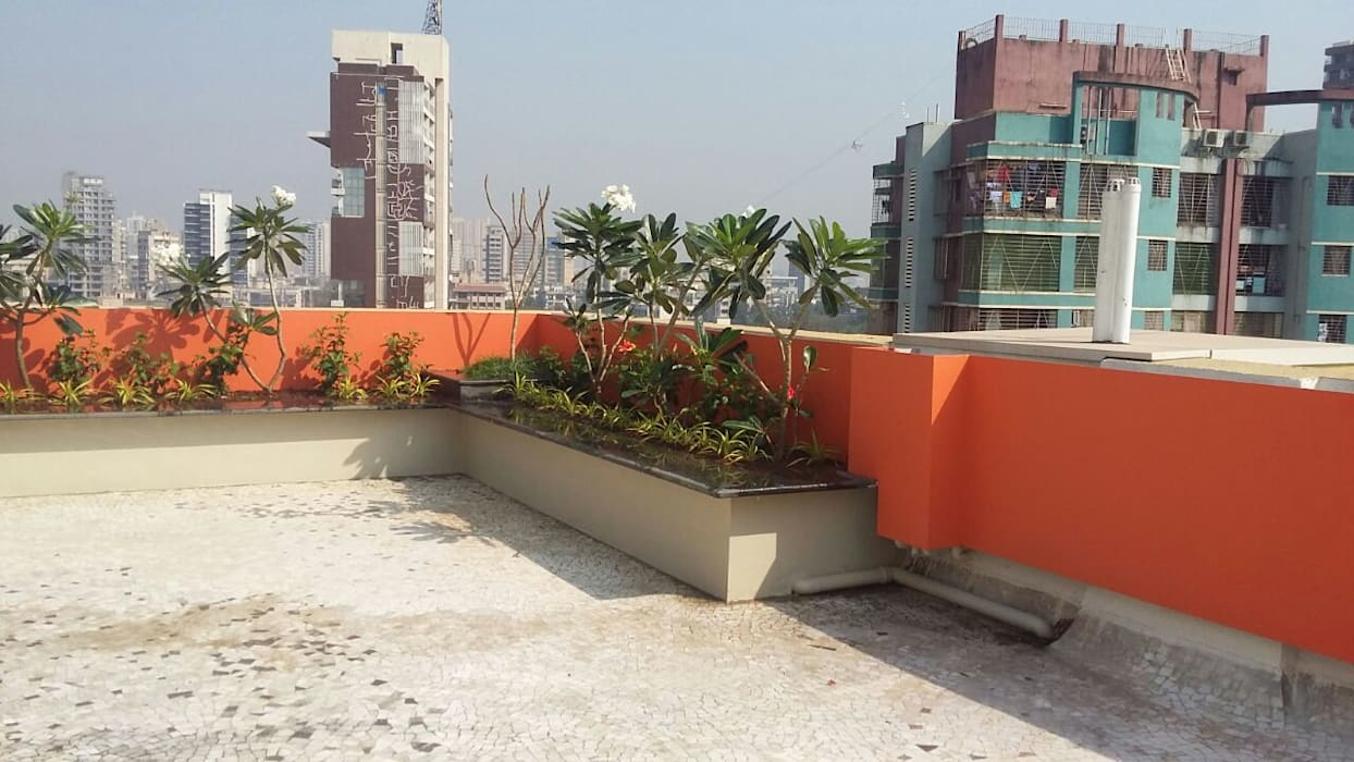"7th floor terrace garden: {:asian=>""asian"", :classic=>""classic"", :colonial=>""colonial"", :country=>""country"", :eclectic=>""eclectic"", :industrial=>""industrial"", :mediterranean=>""mediterranean"", :minimalist=>""minimalist"", :modern=>""modern"", :rustic=>""rustic"", :scandinavian=>""scandinavian"", :tropical=>""tropical""}  by Land Design landscape architects,"