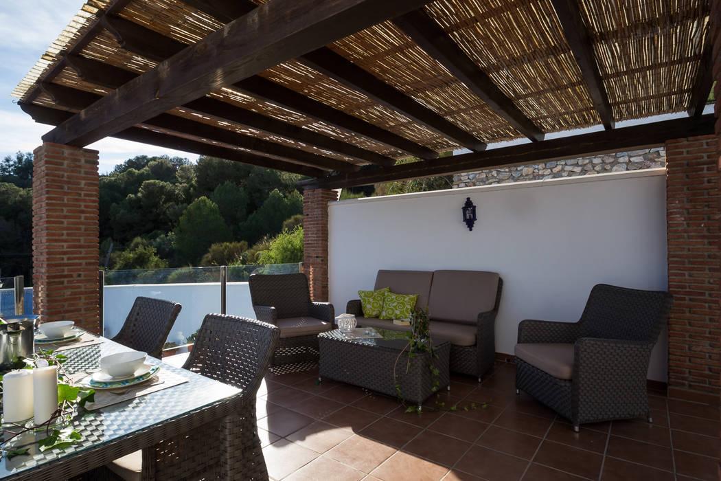 Terraza: Terrazas de estilo  de Home & Haus | Home Staging & Fotografía, Mediterráneo