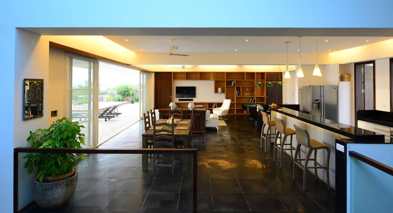 11 K-Waks Modern dining room by Studio K-7 Designs Pvt. Ltd Modern Wood Wood effect
