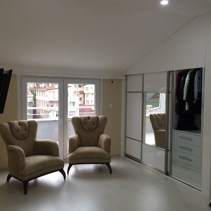 Closets de estilo minimalista de rwiçmimari Minimalista
