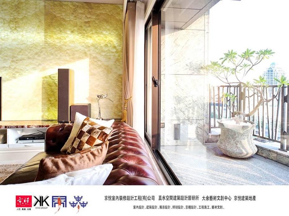 京悅設計 - 誠臻邸豪宅會所:  露臺 by 京悅室內裝修設計工程(有)公司|真水空間建築設計居研所