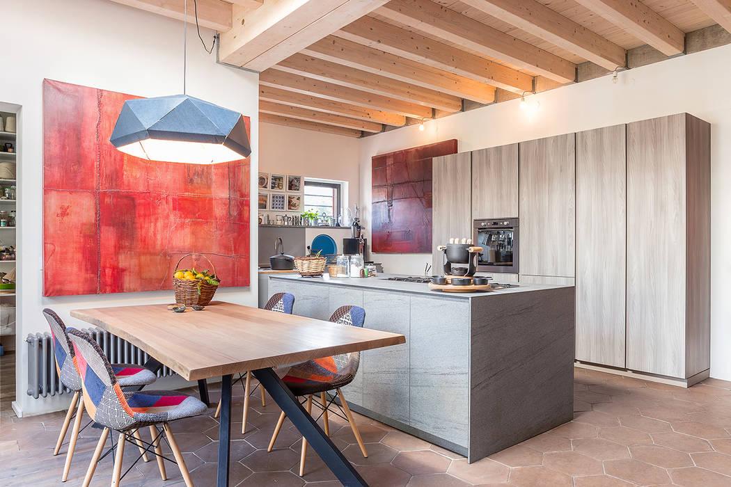 Living room by Angelo Talia