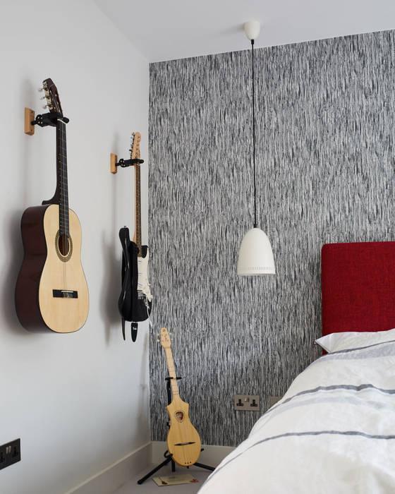 Teenager's bedroom: eclectic Bedroom by Jam Space Ltd