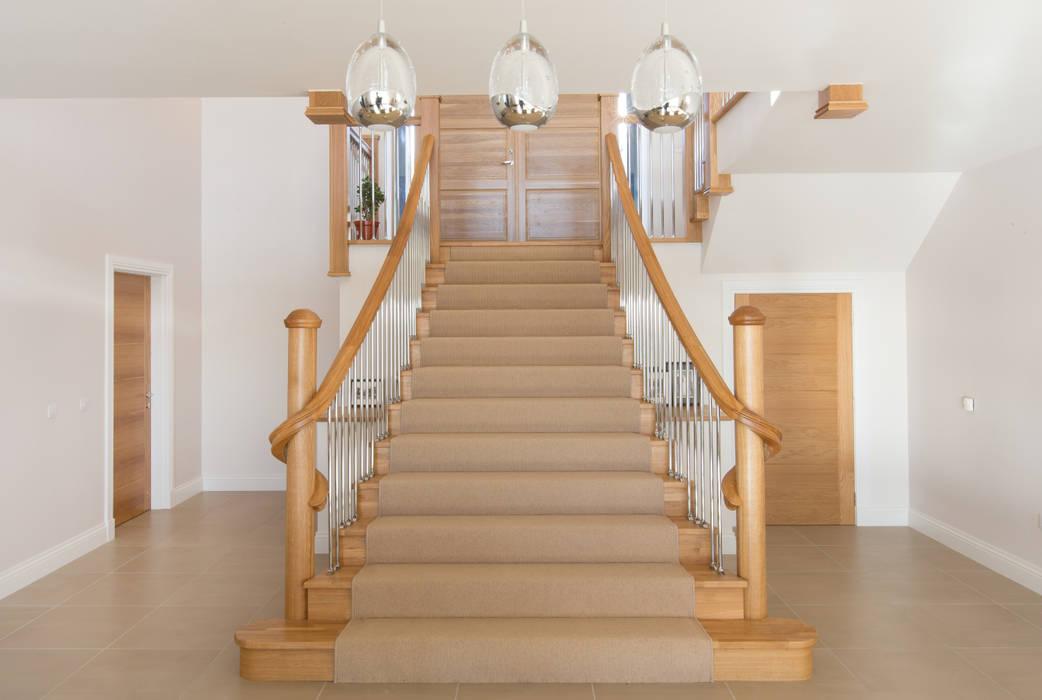 Corridor & hallway by Roundhouse Architecture Ltd, Modern