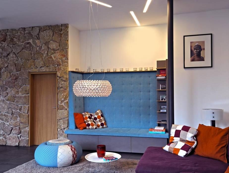 Stauraum Wohnzimmer | Einbau Sofa Mit Stauraum Wohnzimmer Von Raume Bauten Homify