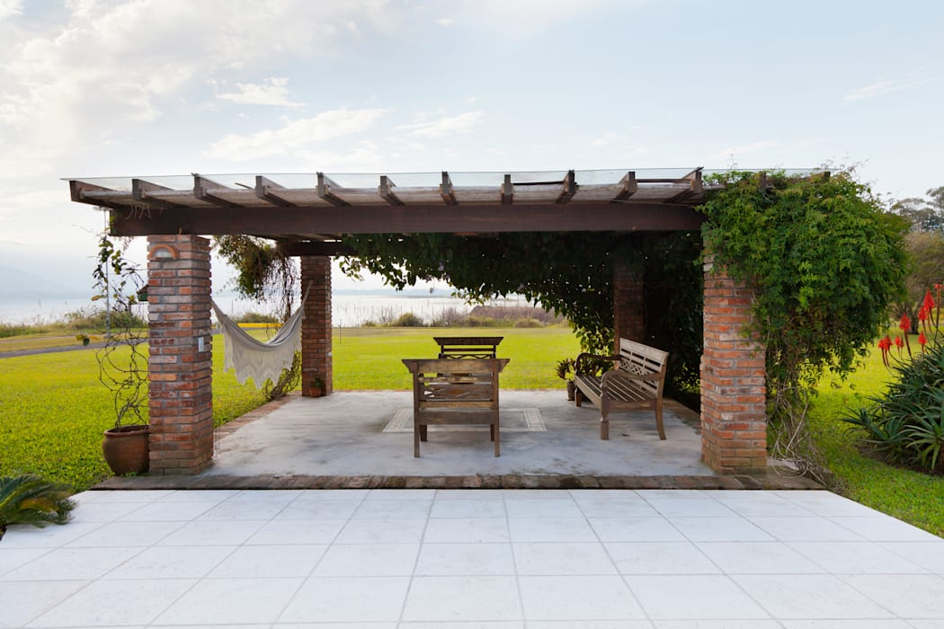 Rustic style garden by homify Rustic