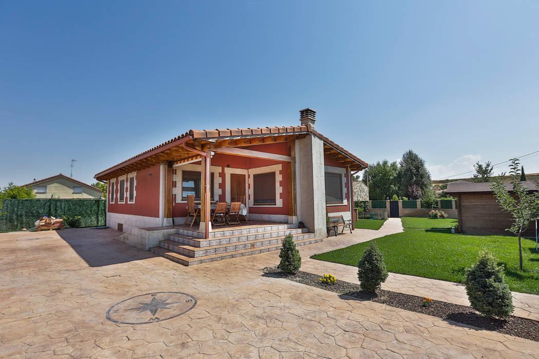 GRAN VILLA homify Casas de estilo clásico