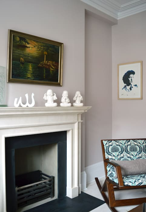 Quiet corner: eclectic Living room by Jam Space Ltd