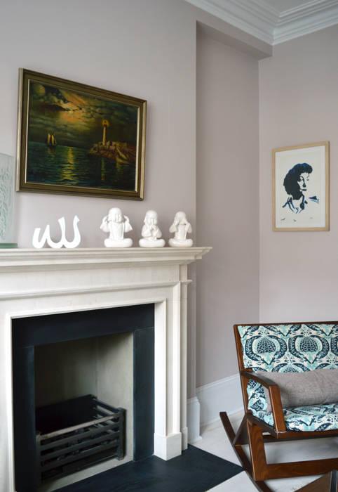 Quiet corner:  Living room by Jam Space Ltd
