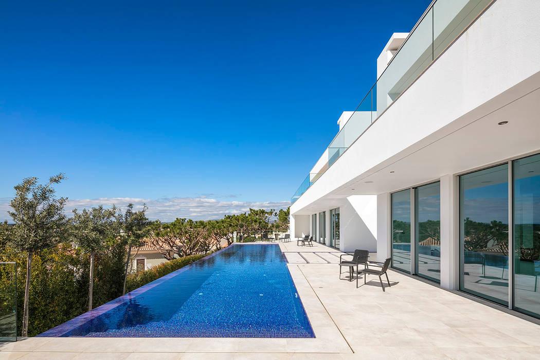 Exterior Casas modernas por Hi-cam Portugal Moderno